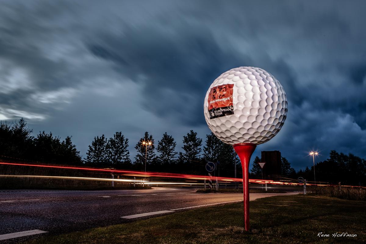 Jättegolfboll i glasfiber till turneringen Made in Denmark